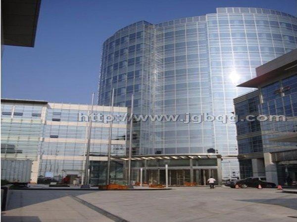 上海城投大厦旗杆案例