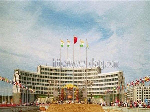 天津天狮集团15.8米旗杆案例
